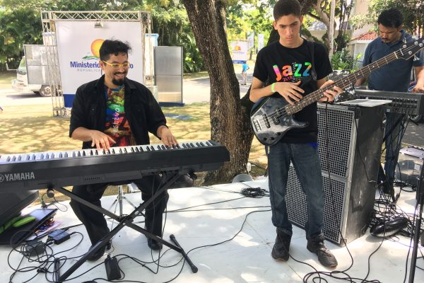 FEDUJAZZ students perform at the Discover POP Marketplace in Puerto Plata, fall 2018.