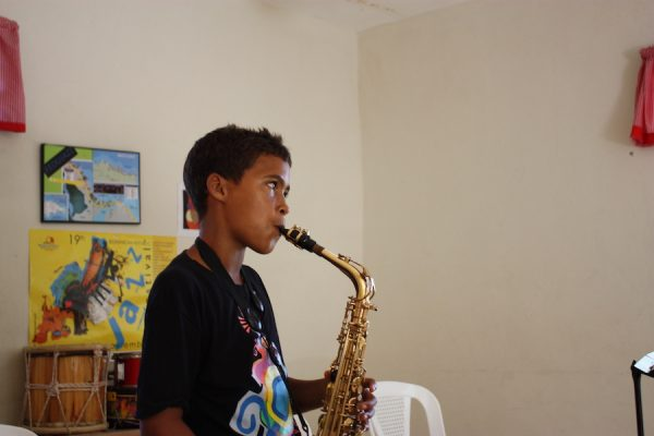 A saxophone lesson at FEDUJAZZ. 2018.