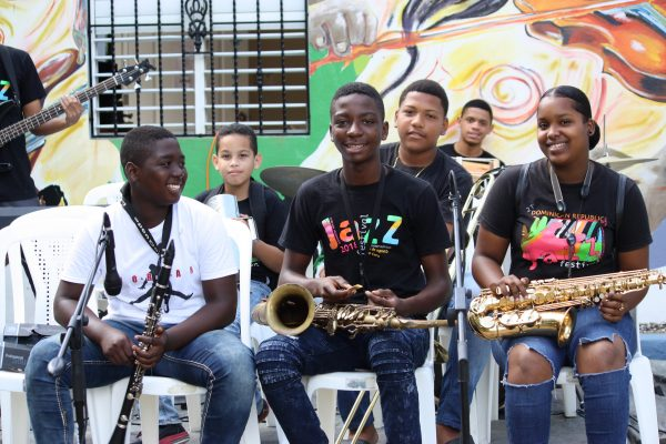 FEDUJAZZ students perform at the 2018 End of Year Concert.